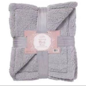 Ulta Limited Edition Gray Plush Throw Blanket